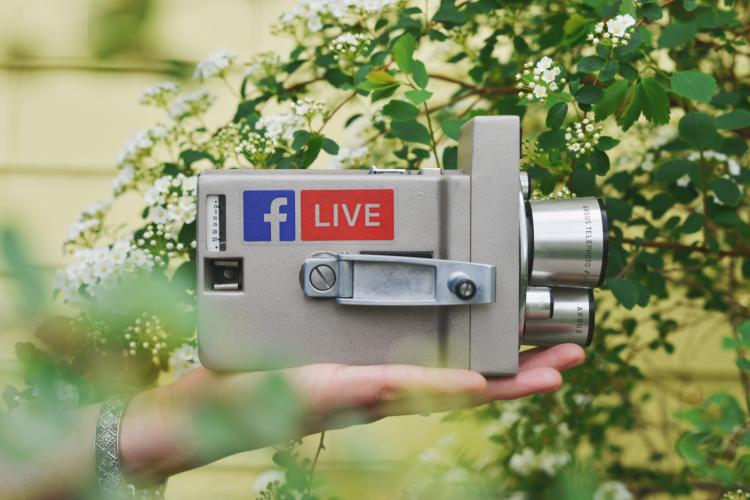 camera with facebook live logo